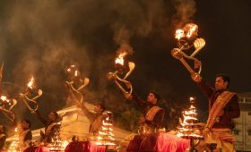 1,000 new Ganga aarti sites in UP govt's plan to boost religious tourism