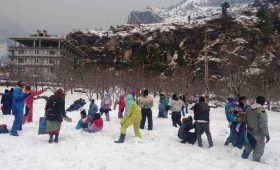 Manali sees spurt in tourist footfall