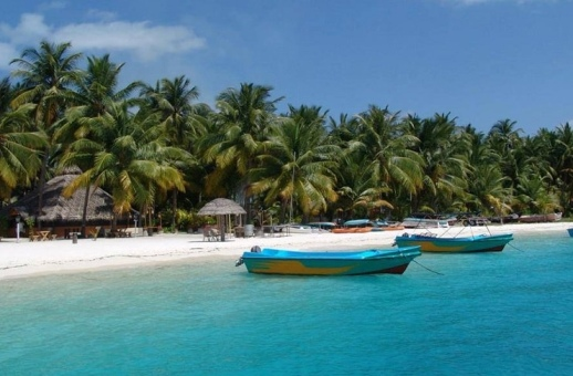 Lakshadweep plans cruise tourism on the lines of Maldives, Mauritius