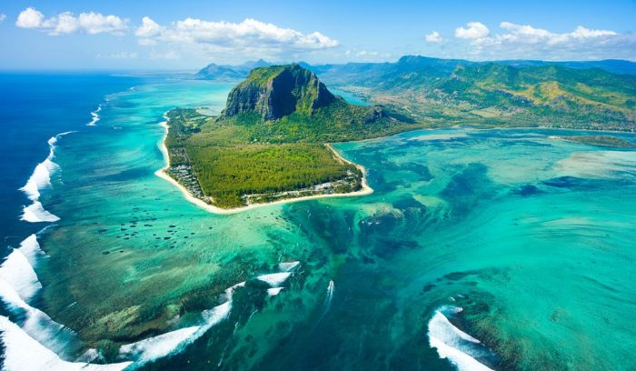 Mauritius unveils Covid-19 vaccination programme as it plans to safely reopen borders to tourism