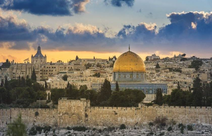 Israel to reopen to fully vaccinated tourists from May 23
